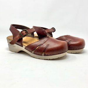 Dansko Maeve Ankle-Strap Sandal Clog in Brown